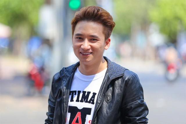 Phan Mạnh Quỳnh và hot girl 9X tính chuyện cưới xin năm 2018