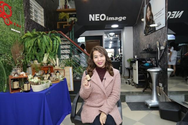 Mc Diệp Chi tham gia sự kiện trải nghiệm Nature Queen tại salon Neo Image
