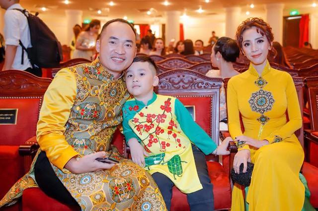 Thu Trang bên chồng con