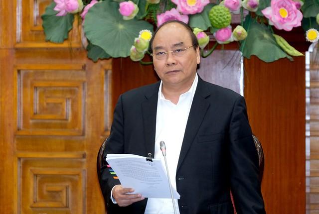 Thủ tướng Nguyễn Xuân Phúc: Giữ vững ổn định kinh tế vĩ mô, tạo môi trường thuận lợi cho sản xuất kinh doanh, thúc đẩy phát triển nhanh và bền vững