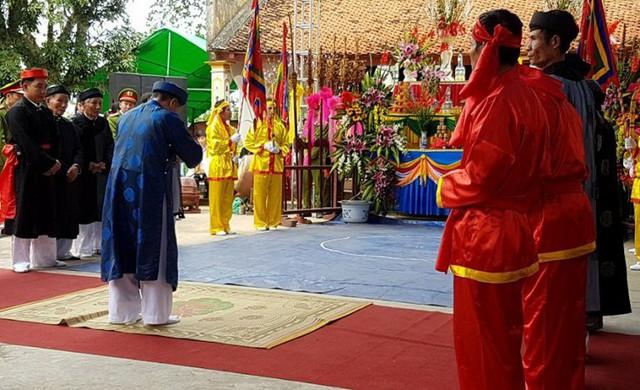 Lễ hội Minh Thề năm nay được cấp bằng công nhận di sản văn hoá phi vật thể Quốc gia. Ảnh: M.Lý