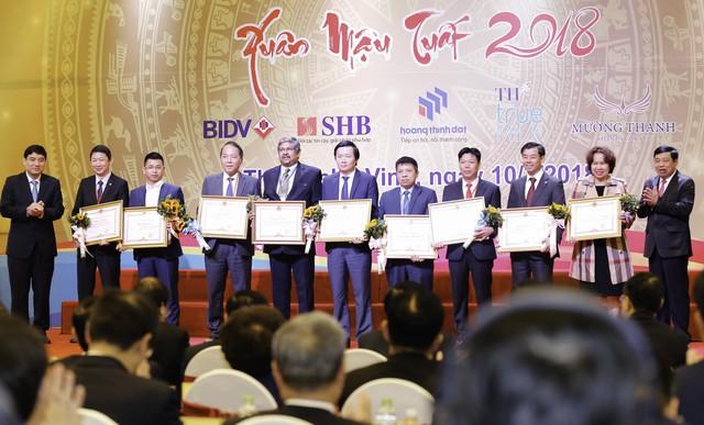 BIDV – 10 năm đồng hành tổ chức hội nghị gặp mặt các nhà đầu tư vào Nghệ An