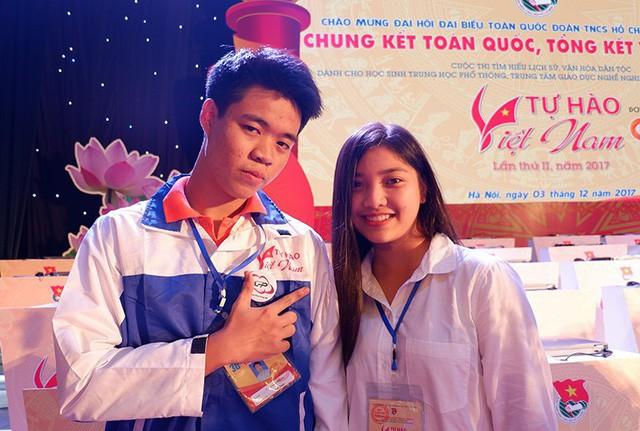 Tín và Ngân cùng tham gia cuộc thi Tự hào Việt Nam