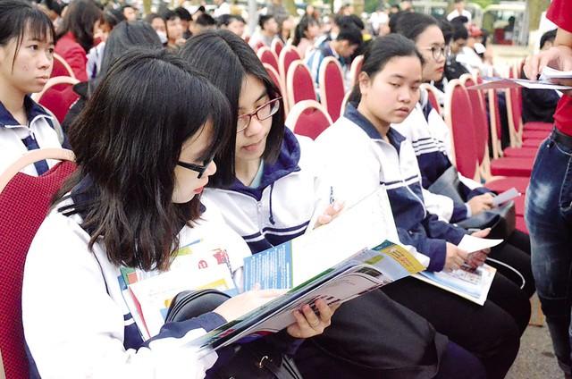 Kỳ thi THPT Quốc gia 2018, điểm xét công nhận tốt nghiệp sẽ giống với năm 2017. Ảnh: Q.Anh