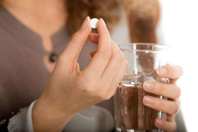 Không dùng thuốc giảm đau liên tục 3-4 ngày.