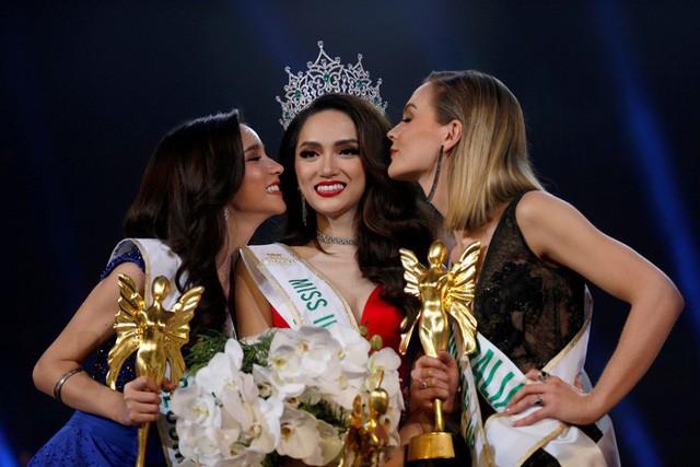 Khoảnh khắc đáng nhớ của Hương Giang tại Hoa hậu Chuyển giới Quốc tế 2018