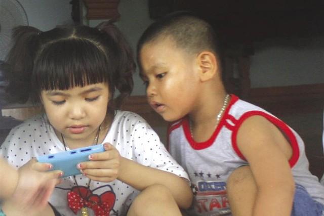 Lạm dụng điện thoại thông minh làm giảm khả năng tập trung.