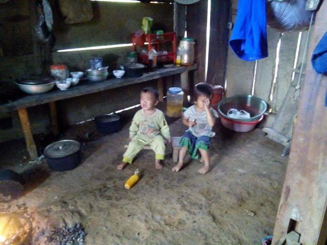 chị Thành khát khao được sống, được lao động để đồng hành cùng 2 con thơ (ảnh gia đình cung cấp)