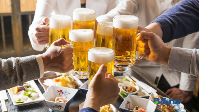 """Thường xuyên uống rượu bia khiến đại tràng bị """"tàn phá"""" nghiêm trọng"""