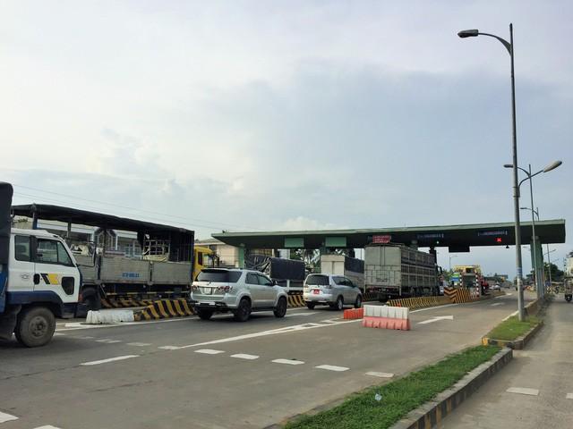 Trạm thu phí BOT cầu Rạch Miễu, tỉnh Bến Tre - Ảnh: HÀ ĐÔNG