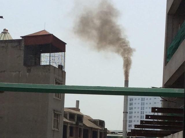 Ống khói của Công ty Dệt kim Đông Xuân.