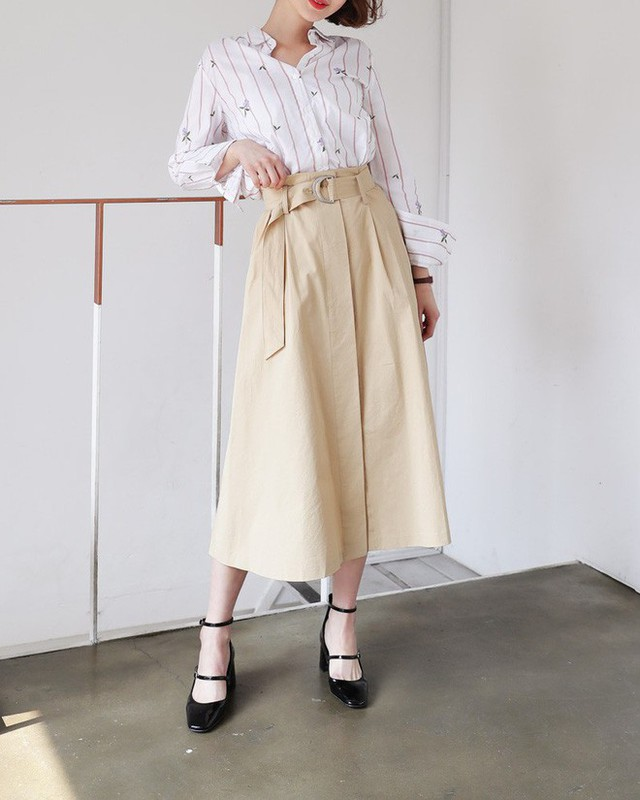 """Cần gì đầu tư cầu kỳ, chân váy dài chính là """"bảo bối"""" hợp cả thời trang lẫn thời tiết dành cho nàng công sở"""