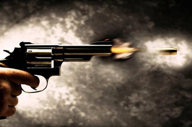 Hải Dương: Chủ tịch Hội đông y huyện nổ súng dọa giết hàng xóm