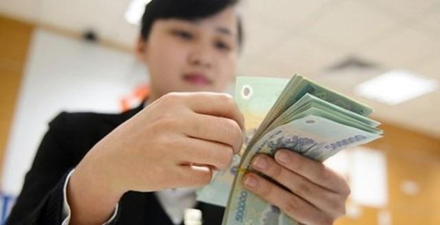 Nhiều trường hợp được giải ngân vốn cho vay bằng tiền mặt. Ảnh minh họa: LPB
