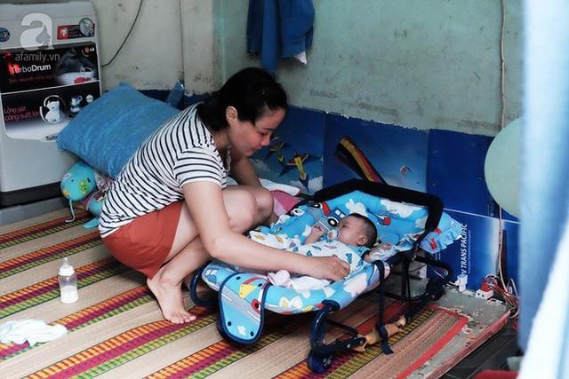 Bé Cà Rốt bị bỏ rơi trước cổng chùa đã trở về với người mẹ nuôi ở Sài Gòn sau nhiều ngày chia cách
