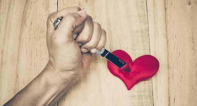 Ngoại tình để trả thù vợ cũng là một nguyên nhân khiến đàn ông phản bội (Ảnh minh họa)