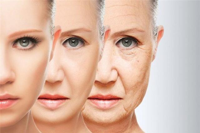 Vitamin E còn giúp làm chậm quá trình lão hoá, giúp da trở nên khoẻ mạnh và săn chắc hơn