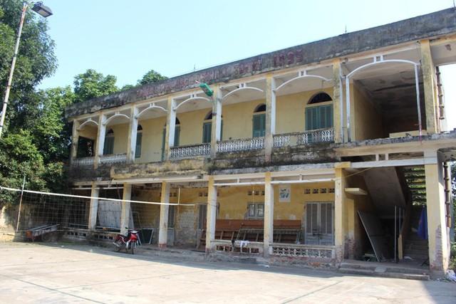 Khu vực trường tiểu học thị trấn Tứ Kỳ (cũ), nơi xảy ra sự việc. Ảnh: Đ.Tùy