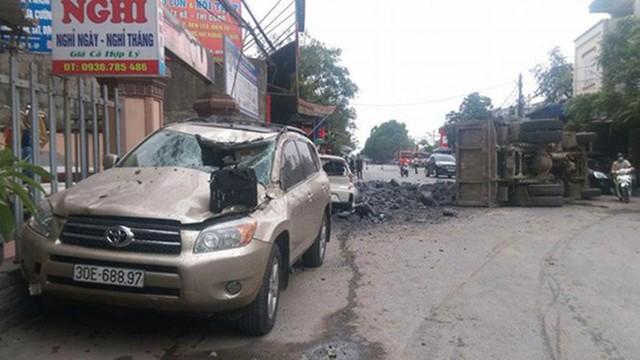 Vụ 'tài xế bẻ lái cứu nữ sinh': Chủ xe Toyota bị đâm hỏng không đề nghị truy tố