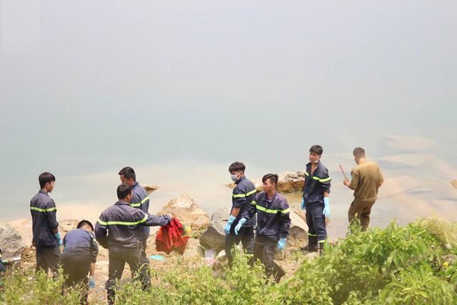 Nam sinh lớp 7 chết đuối dưới hồ tử thần ở Bình Dương, bố mẹ ngã quỵ: 'Chiều nay thằng bé còn lên trường để thi cơ mà'
