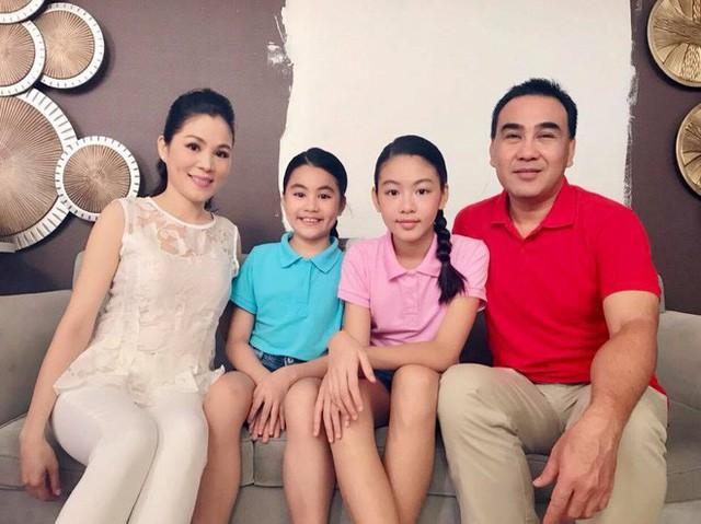 Dạ Thảo, vợ của nam MC Quyền Linh luôn được ngợi khen là người phụ nữ tài sắc vẹn toàn.