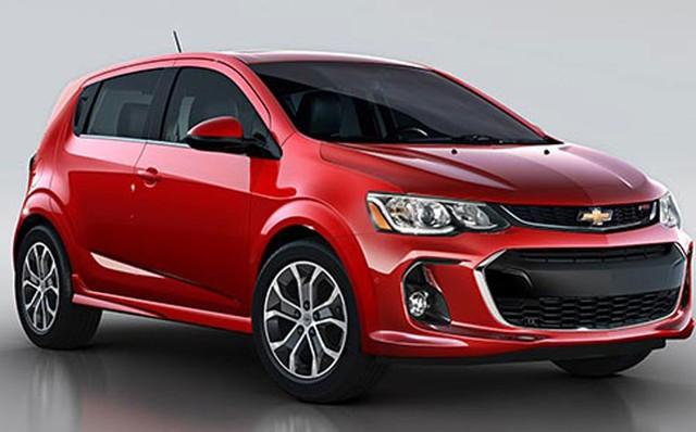 Mẫu sedan hạng B Chevrolet Aveo được giảm 60 triệu đồng.