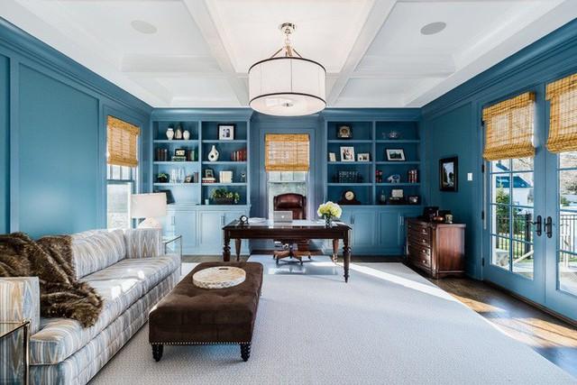 Chắc chắn không ai có thể cưỡng nổi sức quyến rũ của một căn phòng làm việc hoàn hảo như thế này.