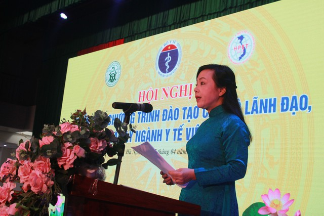 PGS.TS Nguyễn Thị Kim Tiến, Bộ trưởng Bộ Y tế phát biểu tại Hội nghị.