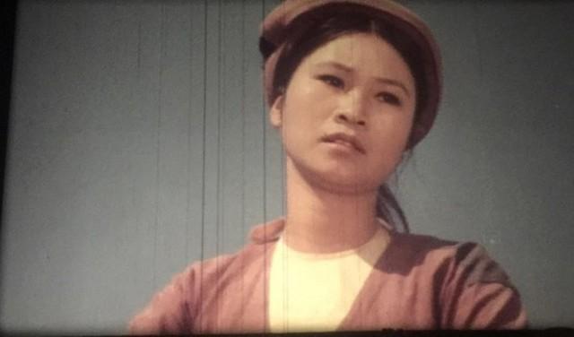 """NSƯT Diệu Thuần trầm cảm sau sự cố """"nói nhịu"""" tại Cánh diều vàng 2017"""