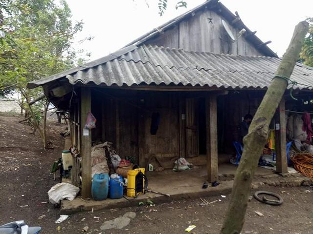 Ngôi nhà của gia đình em Cứ Thị Vang.