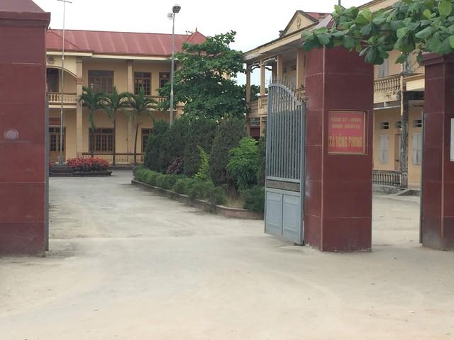 Trụ sở UBND xã Hồng Phong