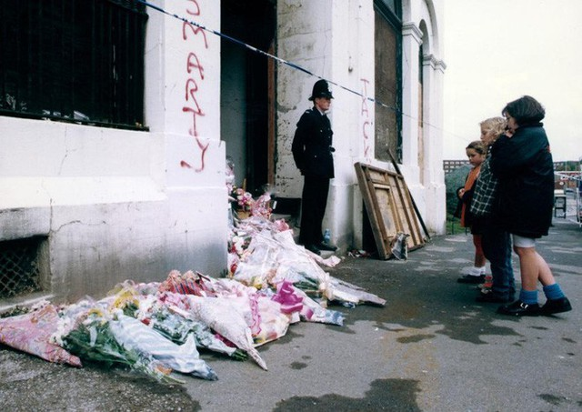 Tòa nhà nơi phát hiện thi thể bé gái.