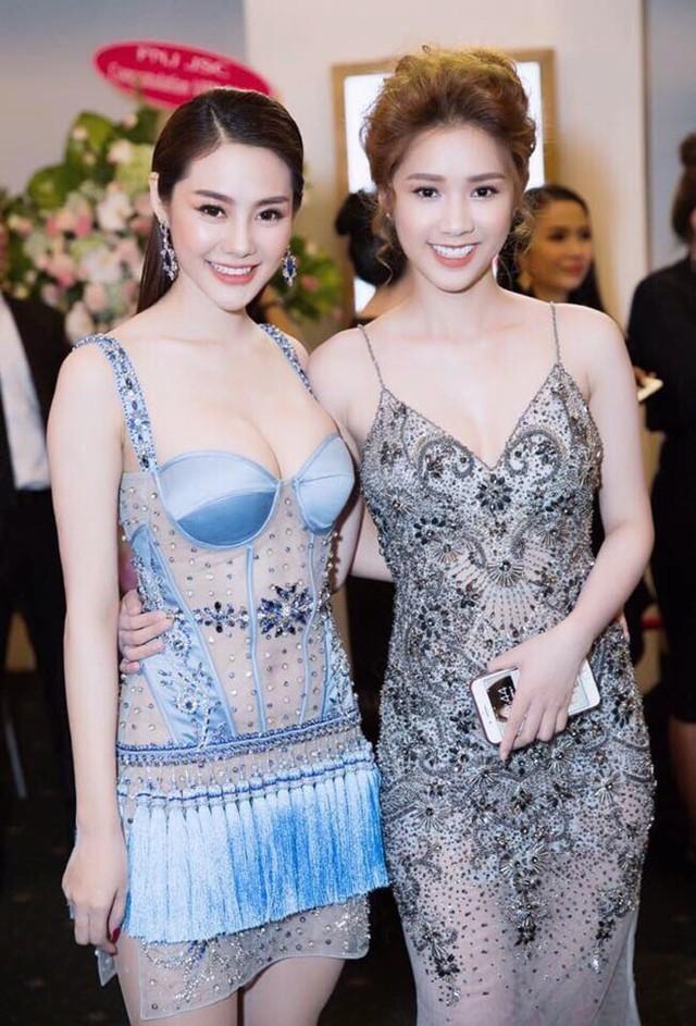 Mới đây, Linh Chi xuất hiện trong một show thời trang lớn với tư cách khách mời.