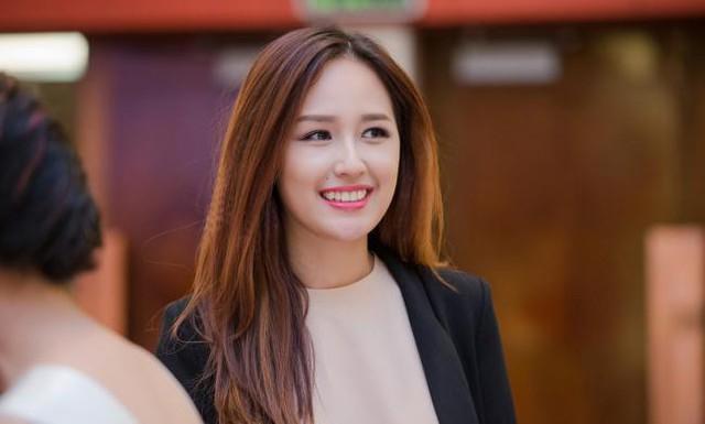 Khi mới đăng quang Hoa hậu Việt Nam 2008, Mai Phương Thuý thừa nhận nguồn thu nhập của cô chủ yếu từ việc dự sự kiện. Nhưng đến nay, cô còn kiếm bộn tiền nhờ làm đại diện thương hiệu, kinh doanh.