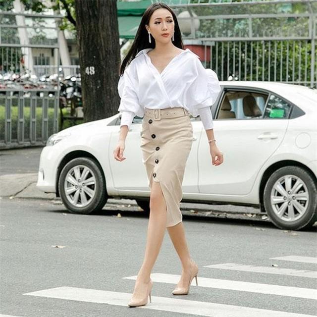 Chọn sơ mi trắng như Phạm Hương, Hà Hồ đảm bảo mặc không bao giờ thấy chán