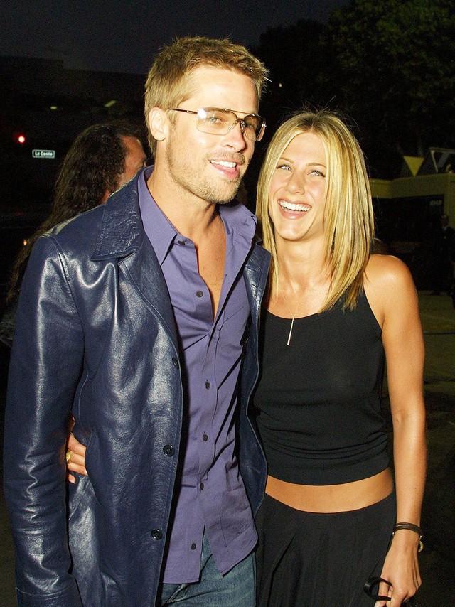 Brad Pitt bị đồn hẹn hò người mới, Jennifer Aniston tim như 'vỡ nát' vì đã hy vọng tái hợp chồng cũ?