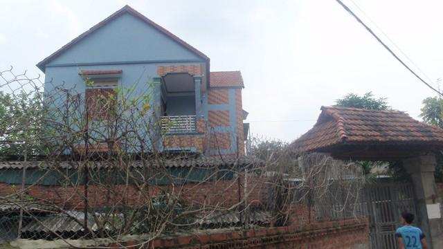 Ngôi nhà nơi xảy ra vụ thảm sát hại mẹ con giết hại cha. Ảnh: P.Sỹ