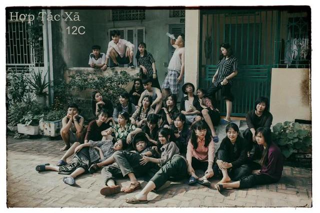 Ý tưởng sáng tạo của học sinh lớp 12A3 trường THPT Mạc Đĩnh Chi tạo nên bộ ảnh độc đáo. Ảnh: Long Phạm