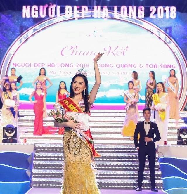 Thí sinh Nguyễn Phương Anh giành vương miện Người đẹp Hạ Long 2018