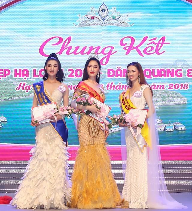 3 thí sinh đạt các danh hiệu người đẹp cao nhất tại đêm chung kết Người đẹp Hạ Long 2018