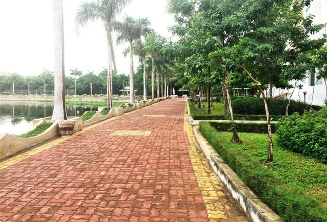 Công viên nơi được gia đình nạn nhân một bé gái 6 tuổi tố cáo Nguyễn Khắc Thủy có hành vi dâm ô. Ảnh: VietnamNet