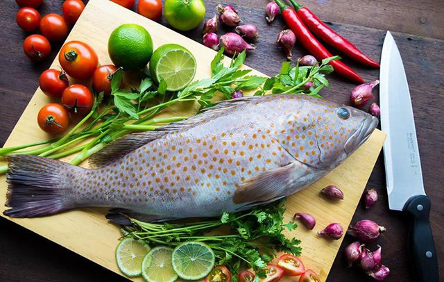 Không giống như vậy, tủ lạnh sử dụng công nghệ cấp đông mềm trên tủ lạnh giúp thực phẩm được bảo quản lạnh mà không bị đóng băng
