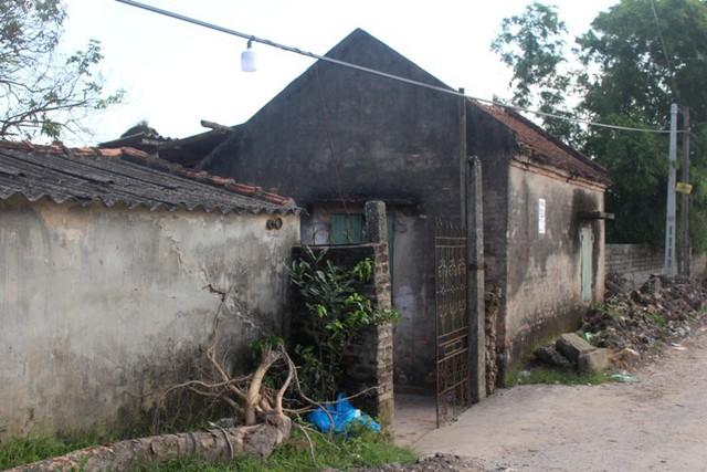 Ngôi nhà sinh sống của đối tượng Pham Văn Xương cách nhà nạn nhân khoảng 100m. Ảnh: Đ.Tùy