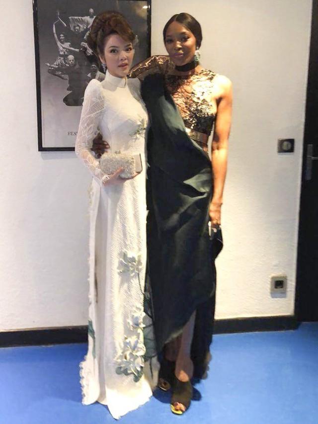 Lý Nhã Kỳ và diễn viên, người mẫu kiêm ca sĩ Naomi Campbell tại Cannes 2018