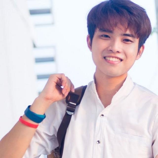 Chàng trai Nguyễn Xuân Tài được biết đến với những bản cover đình đám trên mạng xã hội.