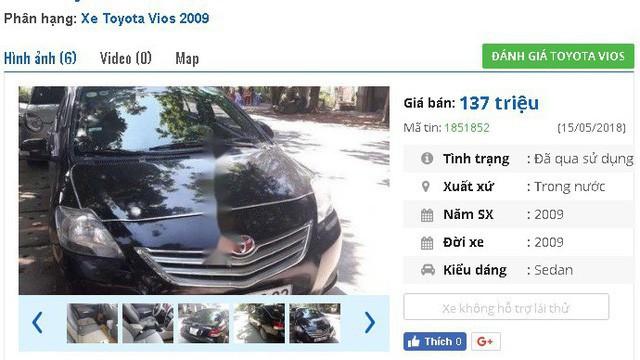 """137 triệu là giá của chiếc Toyota Vios đời 2009, màu đen này. Xe được quảng cáo là """"vừa bảo dưỡng, đã độ màn hình camera lùi, larang đúc lốp mới, gương chỉnh điện cụp điện xi nhan gương, nội thất sạch sẽ""""."""