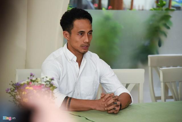 Về những phát ngôn gây tranh cãi trước đó, Phạm Anh Khoa nhận lỗi về phía bản thân và ê-kíp. Tôi cũng biết rằng tất cả những việc vừa rồi gây ra thiệt hại rất lớn cho giới giải trí, khiến người ngoài nhìn nhận không tốt về giới giải trí tại Việt Nam.
