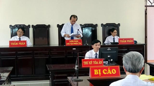 HĐXX trong phiên xử phúc thẩm vụ án - Ảnh: T.L