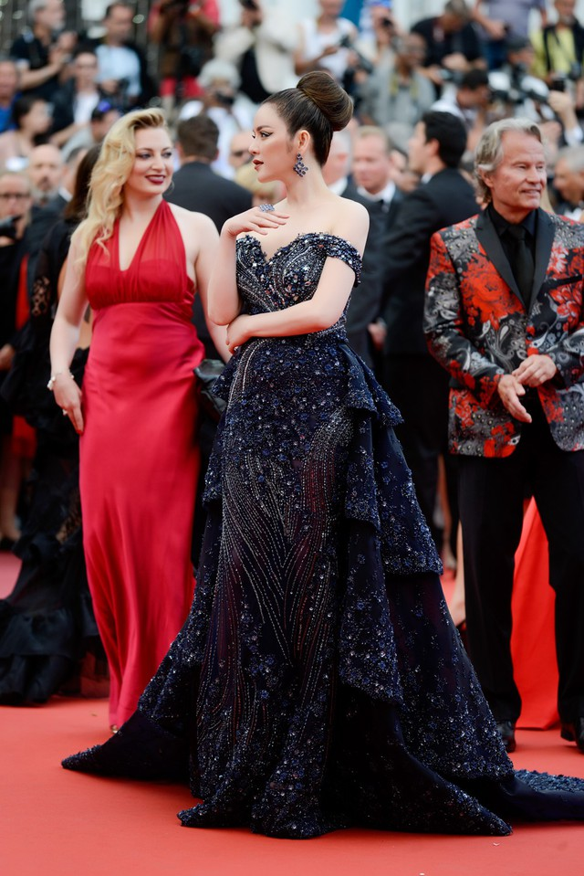 Buổi công chiếu còn có Thiên thần Victoria's Secret Alessandra Ambrosio