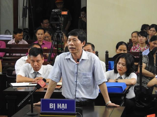 Ông Hoàng Đình Khiếu - Phó Gíam đốc Bệnh viện Đa khoa tỉnh Hoà Bình. Thời điểm xảy ra sự cố (29/5/2017), ông đồng thời là Trưởng khoa Hồi sức tích cực.